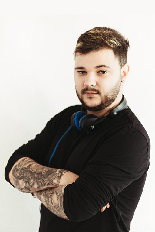 Thomas Axinte (Thomas PCZ) – DJ și producător